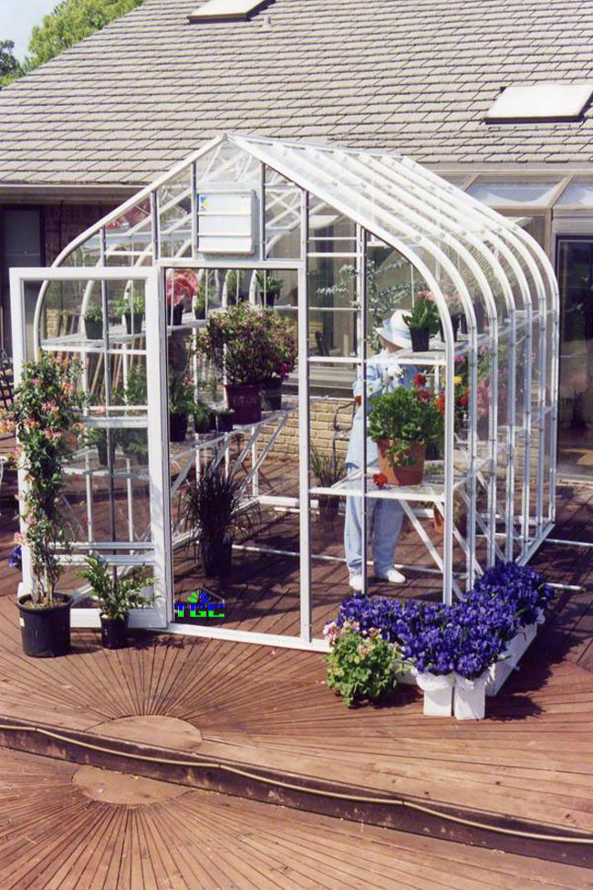 American Hobby Greenhouse